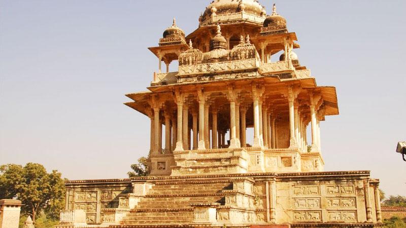 The Barah Khambon ki Chhatri in Bayana