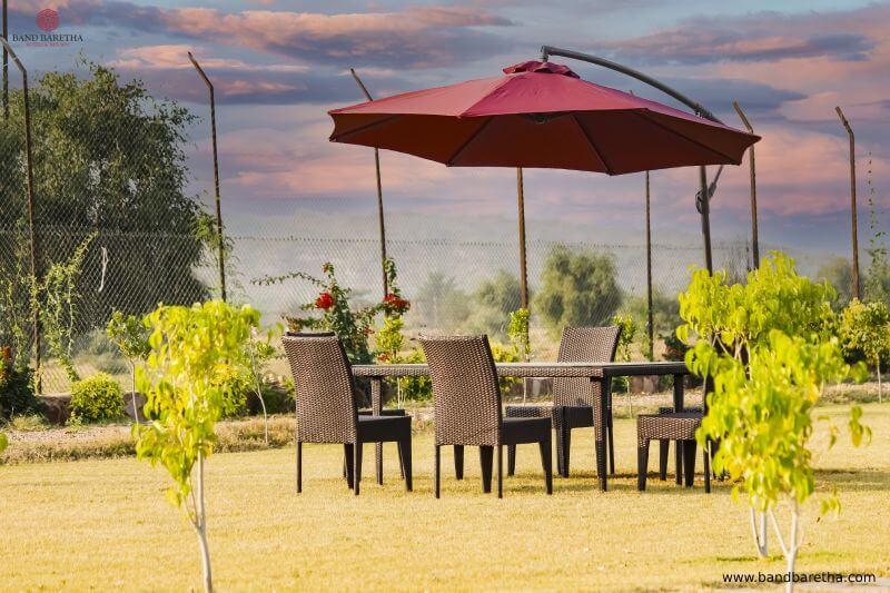 band baretha Camp Restaurant
